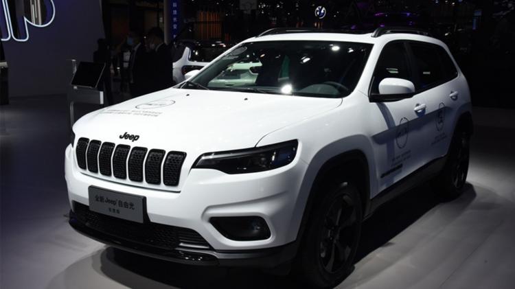 20万左右买SUV,JEEP自由光值得买吗?性价比高吗?