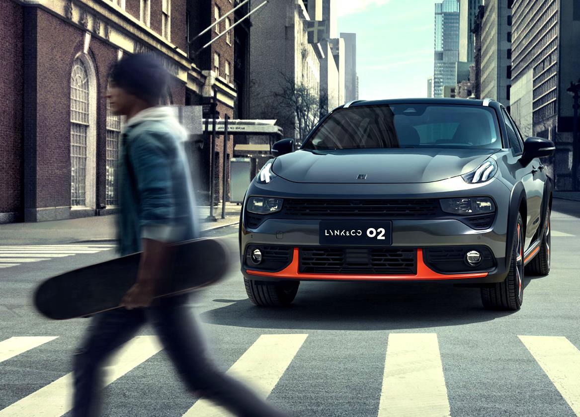 年轻就是要张扬,这两款自主热门轿跑SUV,哪款更值得入手?