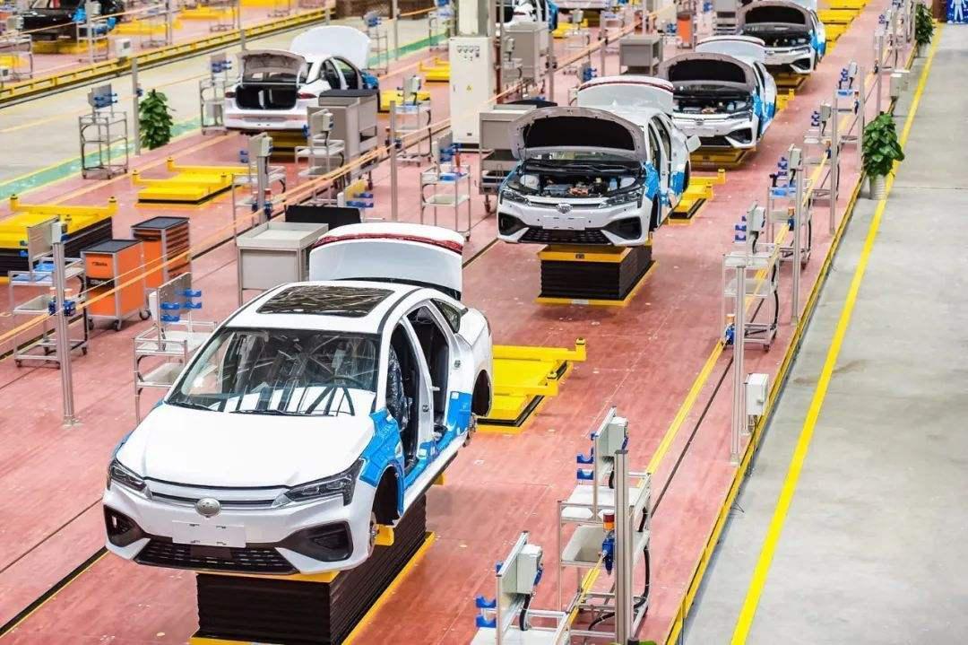只见新人笑不闻旧人哭,百家争鸣的背后:中国车市能逆流而上吗?
