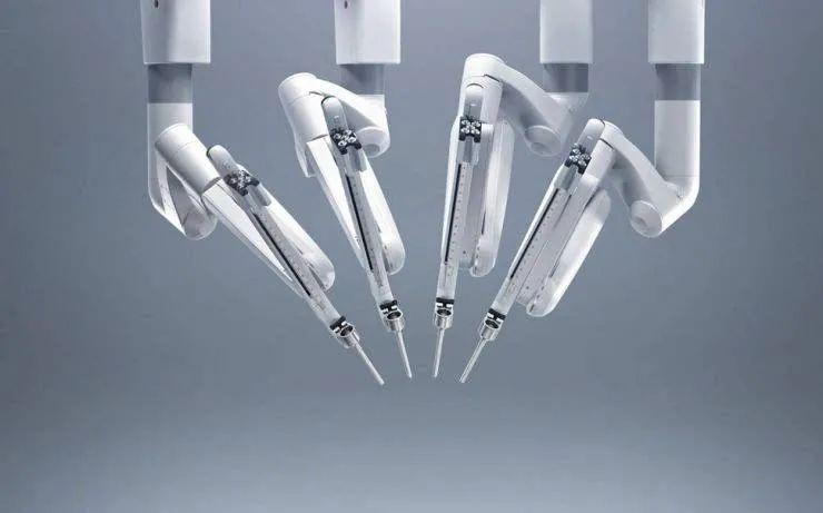 陈根:机器时代的智能医疗,手术机器人还将突破桎梏