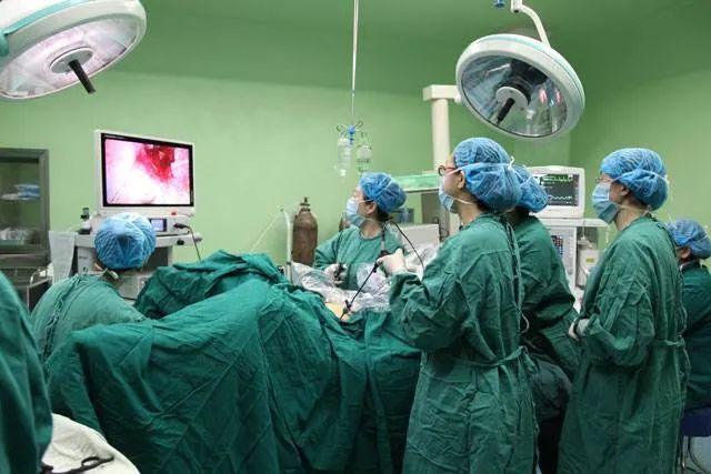 陈根:外科微型手术机器人,还有多少种可能