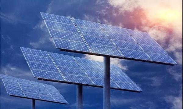 陈根:钙钛矿的潜力与困境,下一代太阳能电池的破局
