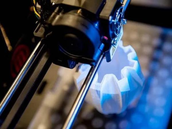 陈根:从制造到智造,3D打印已经入场