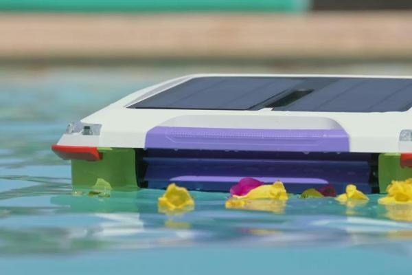 陈根:当机器人进入泳池,可清洁的智能利好