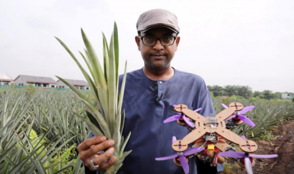 陈根:菠萝叶做无人机,助益农民助力农业