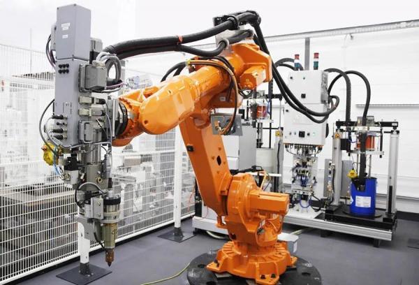 陈根:突破障碍和关卡,机器人还将面目全新