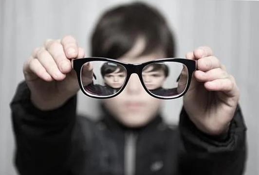 陈根:对抗近视,OK镜OK吗?