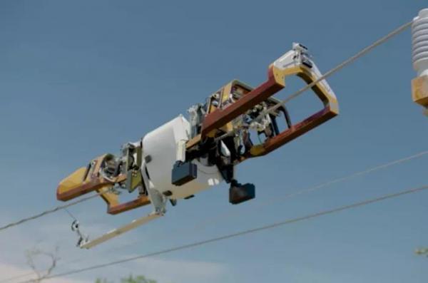 陈根:新型机器人,可沿电线爬行部署光缆