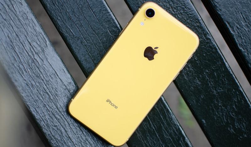 现在还买iPhone XR的人,是不是傻!
