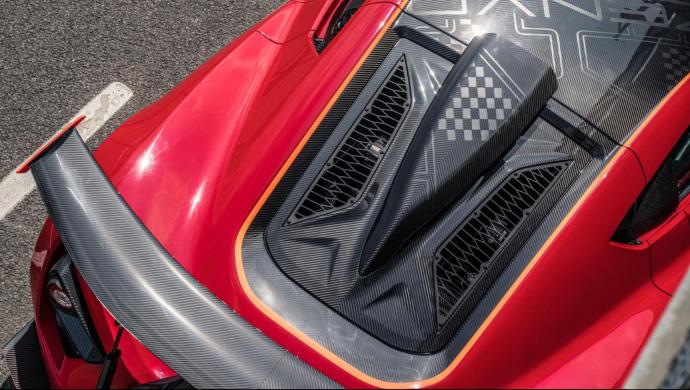 听说过Zenvo TSR-S吗?纯手工打造,2.8s破百,尾翼是亮点!