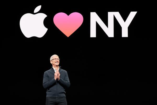 苹果万亿市值不再,微软和亚马逊登顶市值之冠