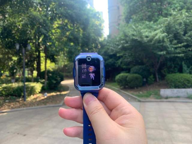 华为儿童手表4 Pro评测:一款让家长更安心的电话手表