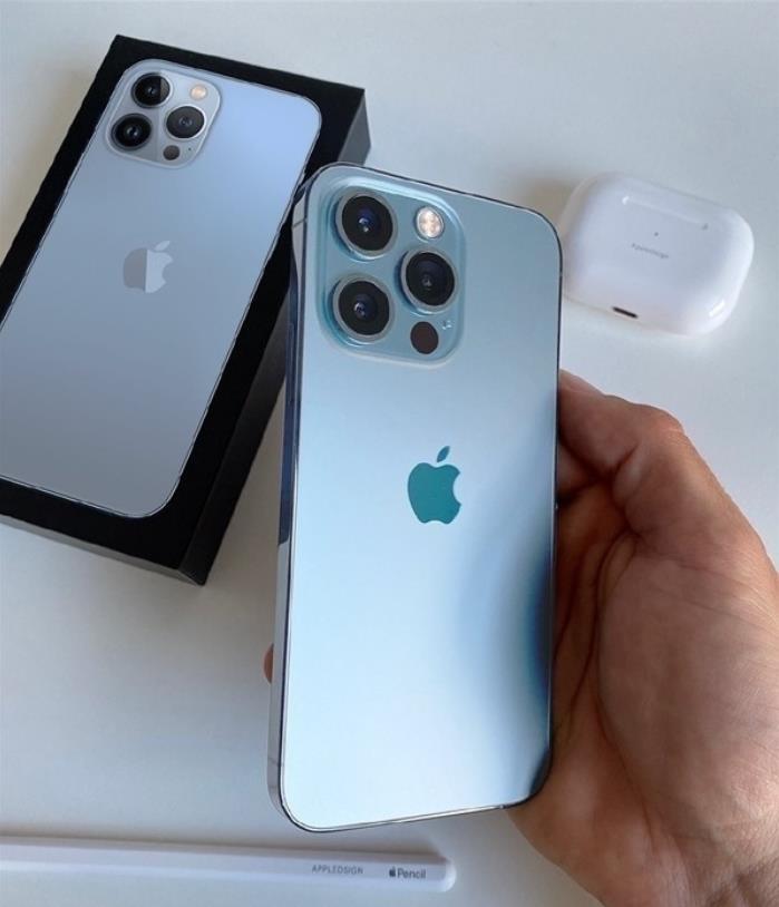 苹果证明了自己,电池小又怎样?续航照样秒杀小米、华为、OV