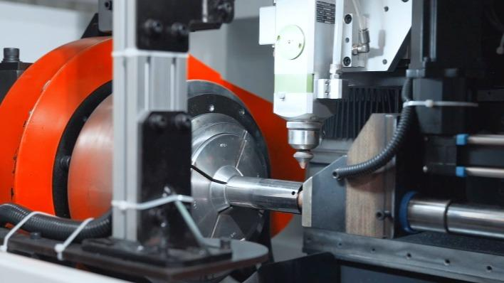 全自动三维激光孔管机-激光切割事半功倍