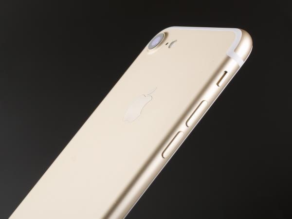是谁让我们的手机越来越贵的?