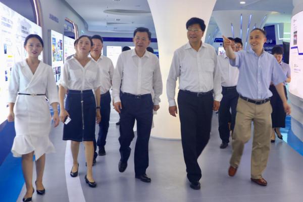 航天云网重庆工业大数据创新中心受多位重庆市领导关注