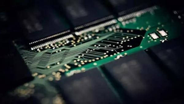 市场调节难以改变中国芯片现状,宏观调控该上场了