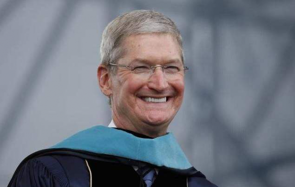 """为何""""没良心""""的苹果市值破万亿,主打低价的企业全陷在泥潭?"""