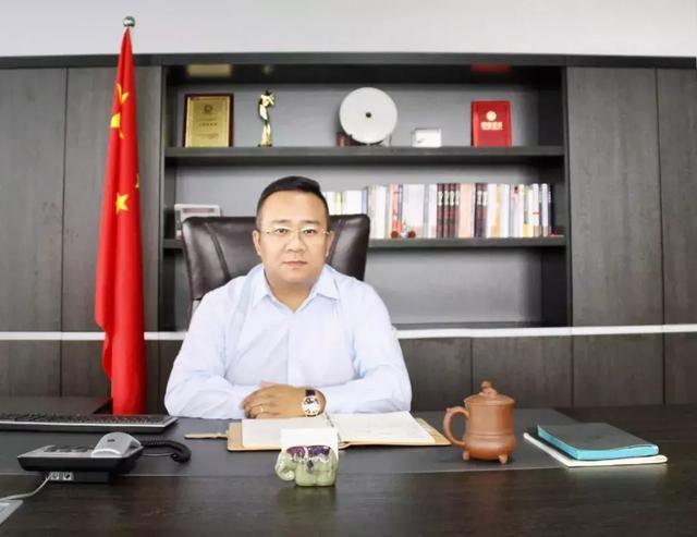 """雄途e配:与中国一汽集团合作的超级物流车""""侠客""""已量产下线"""