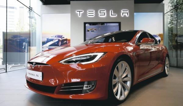 50万辆汽车+完全自动驾驶,能否扭转特斯拉颓势?