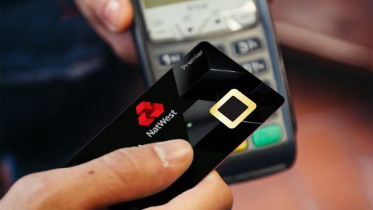 不用pin码和签名,内置指纹识别器的借记卡在英国开始试用