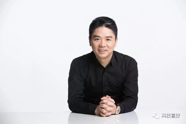 """""""急于转型谋变""""的刘强东:前脚淘汰10%高管,后脚扩招1.5万人"""